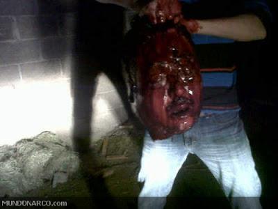 """VIDEO en donde Torturan y Decapitan al comandante """"BEBE"""" de los Zetas ..."""