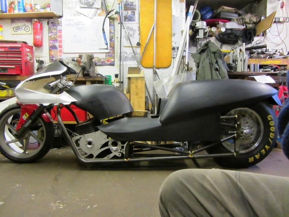 GSX1500 Dragbike: Body work