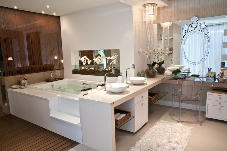 25 Banheiros com bancadas de maquiagem  veja modelos lindos e modernos!  De -> Banheiro Simples Feminino