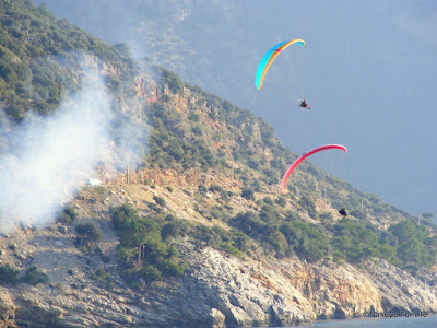 Paramotors in Oludeniz