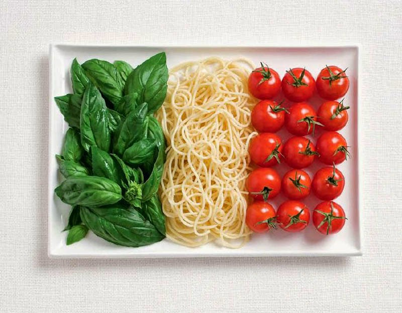 18 National Flags Made From Food - Italy