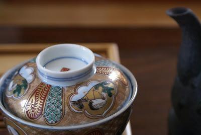 tetsubin et gaiwan en porcelaine ancienne