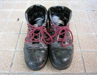 履き古した作業靴
