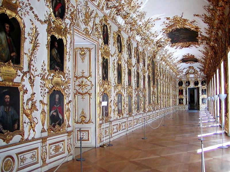 Roxanne late baroque and rococo architecture for Architecture rococo