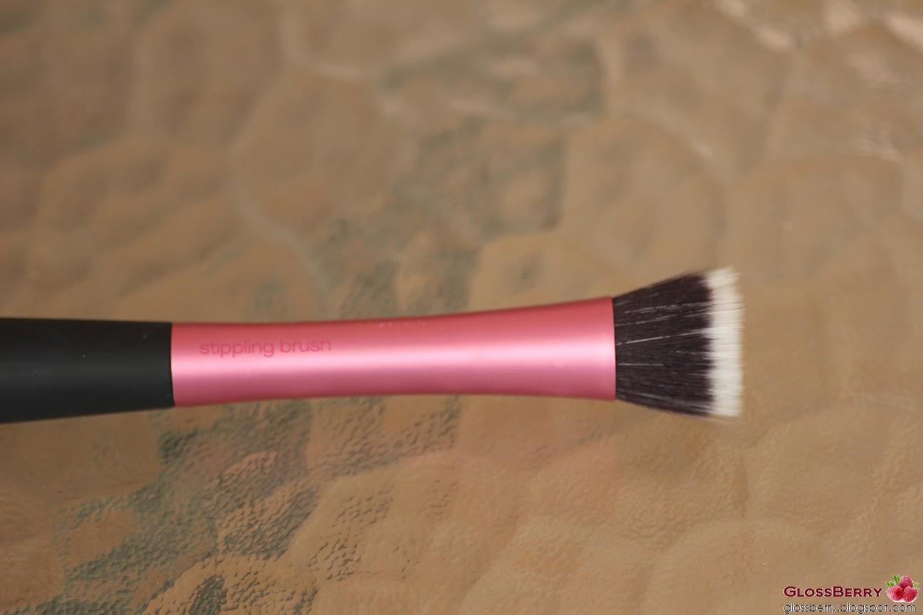 stipling brush real techniques מברשת פנים סומק דואו פייברית ריל טכניקס real techniques duo fiber brush blush