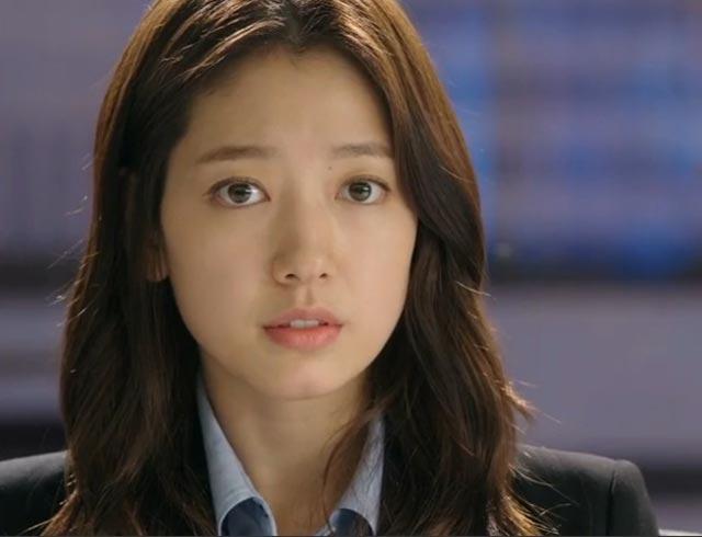 Park Shin Hye Wavy Haistyle in Pinocchio