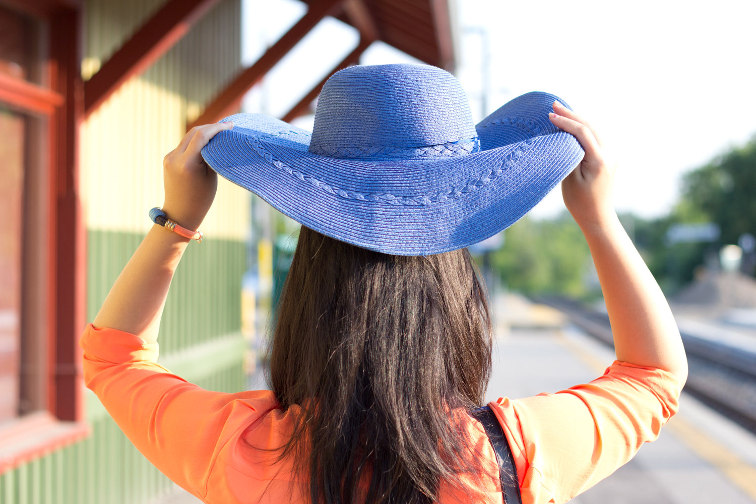 Blue-Floppy-hat, joe-fresh-bright-orange-blouse, summer-look