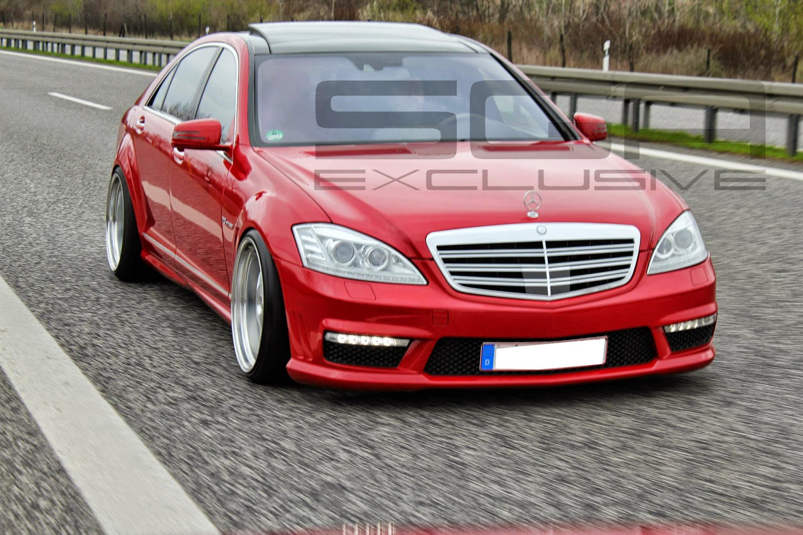 Mercedes s63 amg w221 red vip on mae wheels benztuning for Mercedes benz red