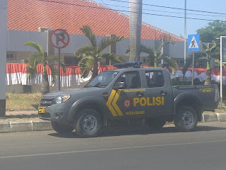 Mobil Polisi, Polisi Melanggar