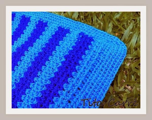 Colcha em crochet azul do céu azul com Djavan
