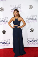 Stefanie Scott wore a two-piece midnight blue halter dress in the red carpet at 2016 People's Choice Awards in Los Angeles