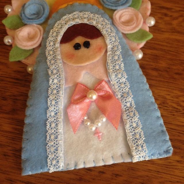 Chaveiro Nossa Senhora do Rosário em feltro | @ateliemadrica