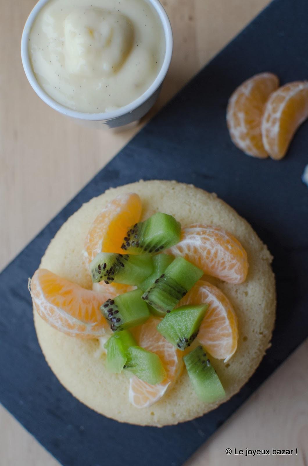 Baba au rhum, fruits et crème patissière