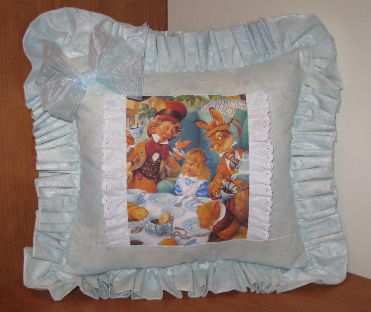 cuscino Alice nel paese delle meraviglie