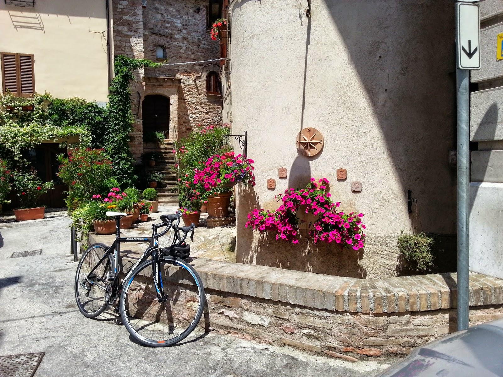 bike rental in spello