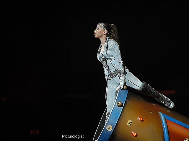 Gemma Kirby, Human Cannonball at Ringling Bros and Barnum and Bailey Circus Xtreme photo by K., Johnson, Picturologist