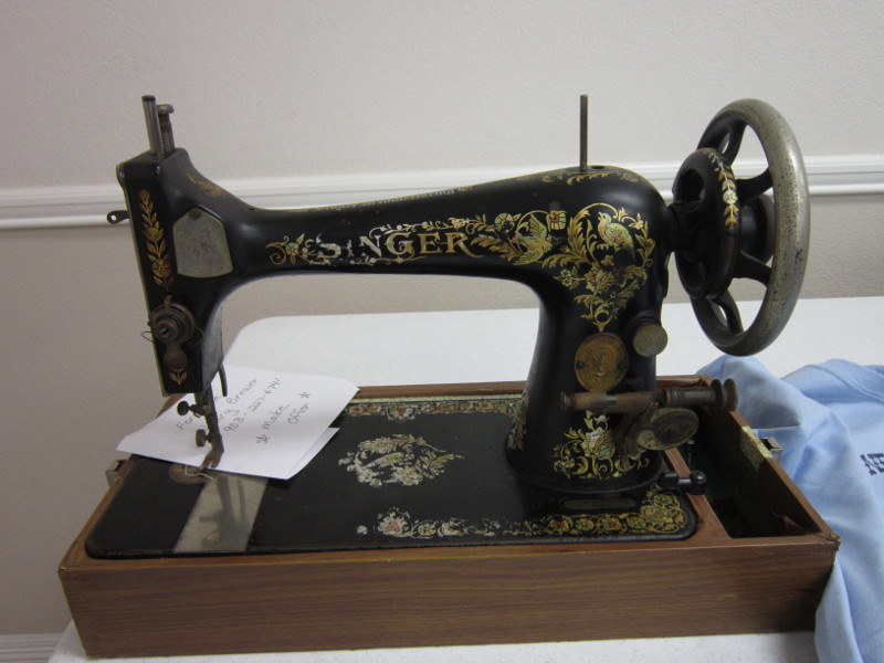 Missy's Homemaking Adventures More Sewing Machines Enchanting Sewing Machines Plymouth