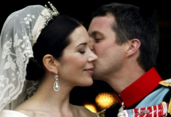 The Crown Prince Couple married on 14 May 2004. The wedding took place in Copenhagen's Cathedral and the wedding festivities were held at Fredensborg Palace.
