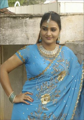 Tamil Hot Aunties pictures wallpaper