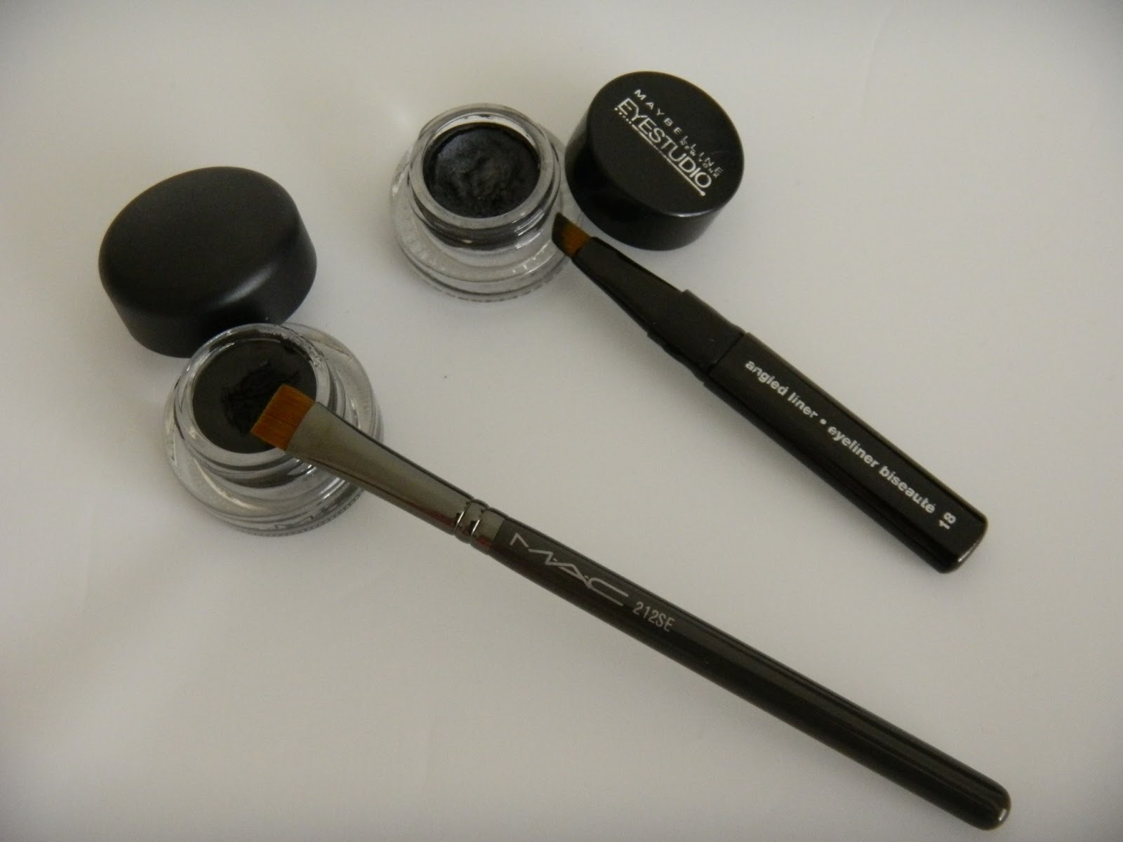 Rock Paper Beauty : Gel Eyeliner! MAC Fluidline vs. Maybelline ...