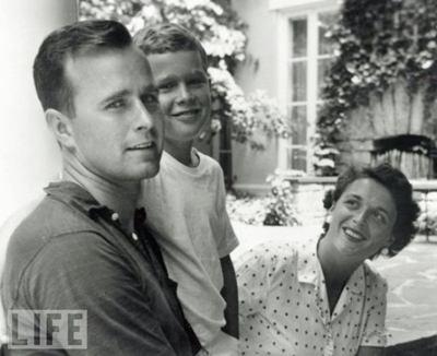 http://2.bp.blogspot.com/-UhdPyDRCjw8/ThGx9Oc4azI/AAAAAAAAFrk/O2jUfnDZ0Gs/s1600/presidents_young_age_02.jpg