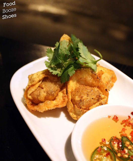 Crispy pork wontons with sweet chilli sauce at Bar H, Campbell Street ...