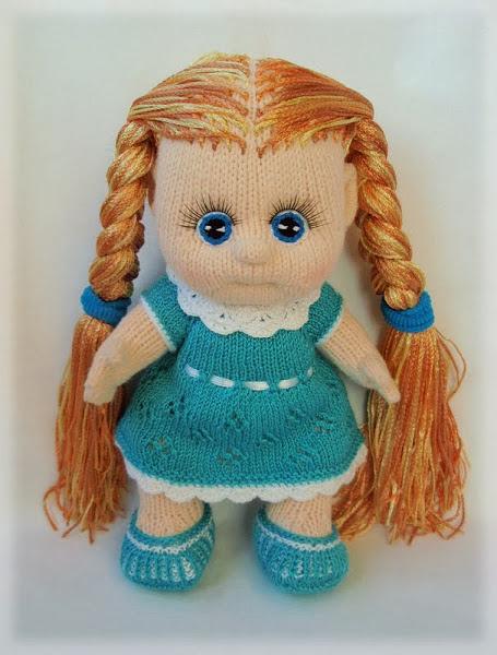 На куклу спицами мк