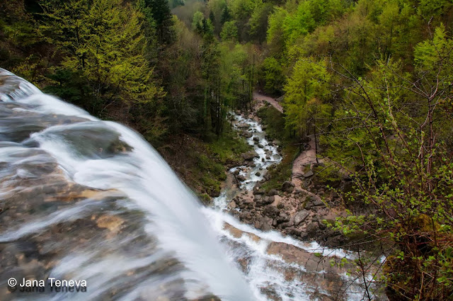 """Cascades du Hérisson"" in Jura, L Eventail"