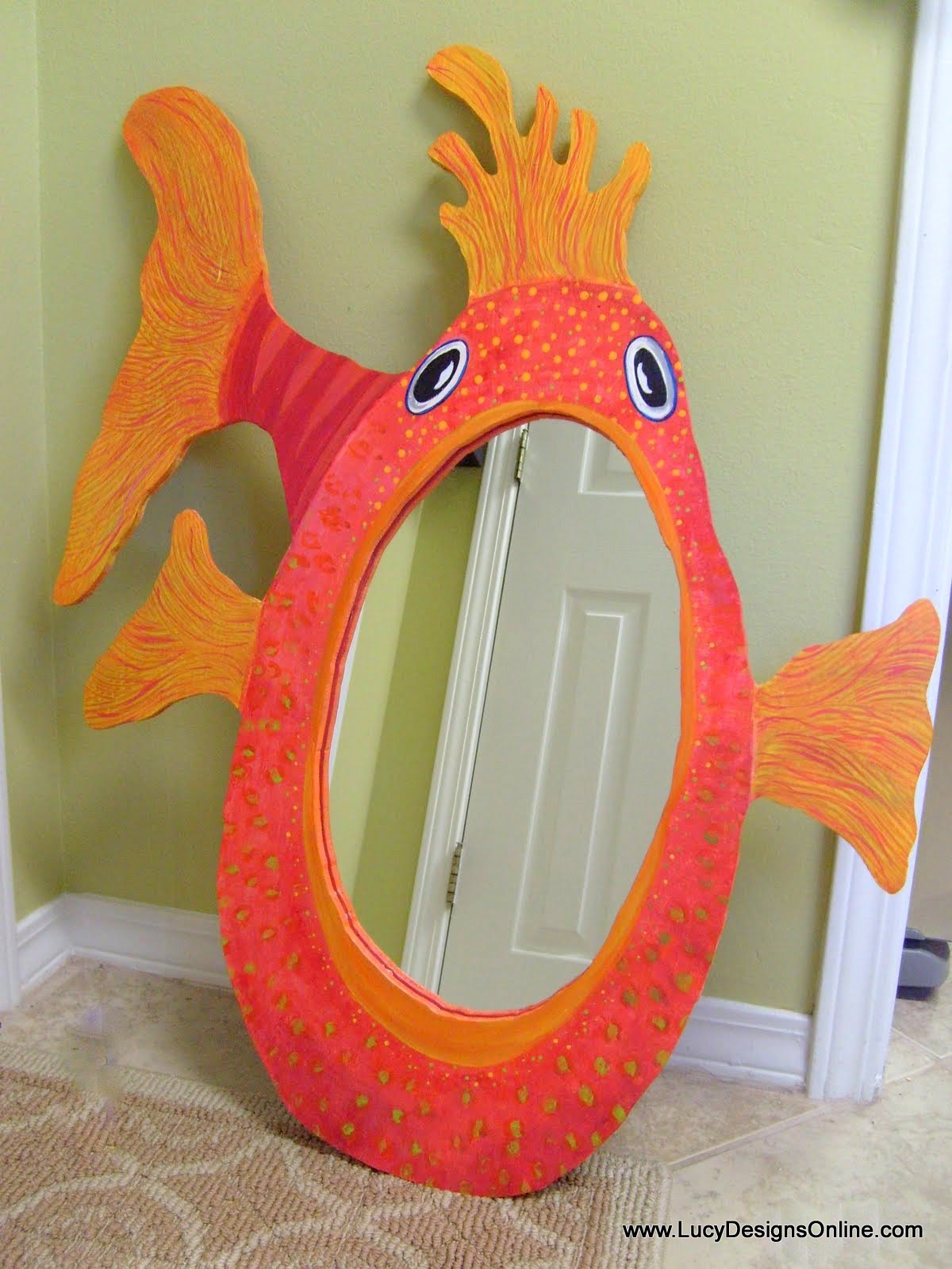 fish mouth mirror