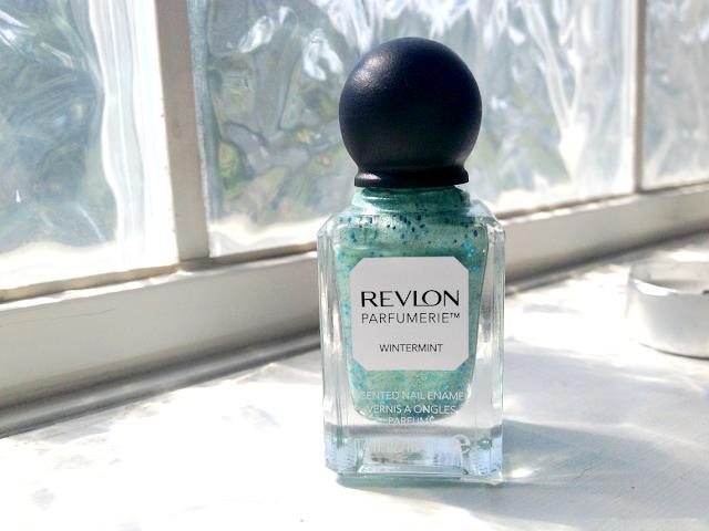 revlon-parfumerie-nail-polish-wintermint