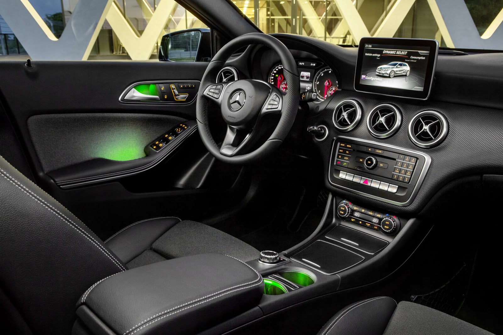 2016 mercedes a class receives subtle makeover new super. Black Bedroom Furniture Sets. Home Design Ideas