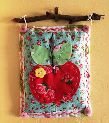 Red Apple Mini Quilt