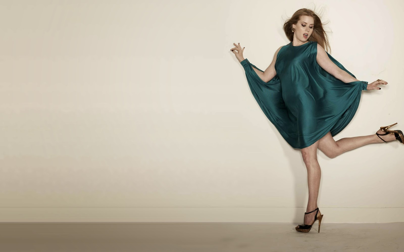 Amy adams big hil in the leg dancing wallpapers