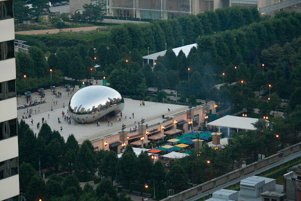 Pictures of Chicago and the Millennium Park Bean