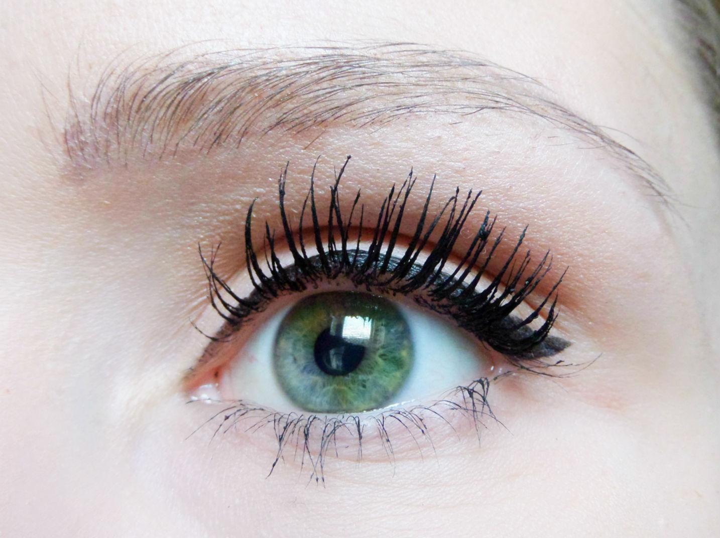 Makeup Revolution Kohl & Flick Eyeliner The Cat Eyes