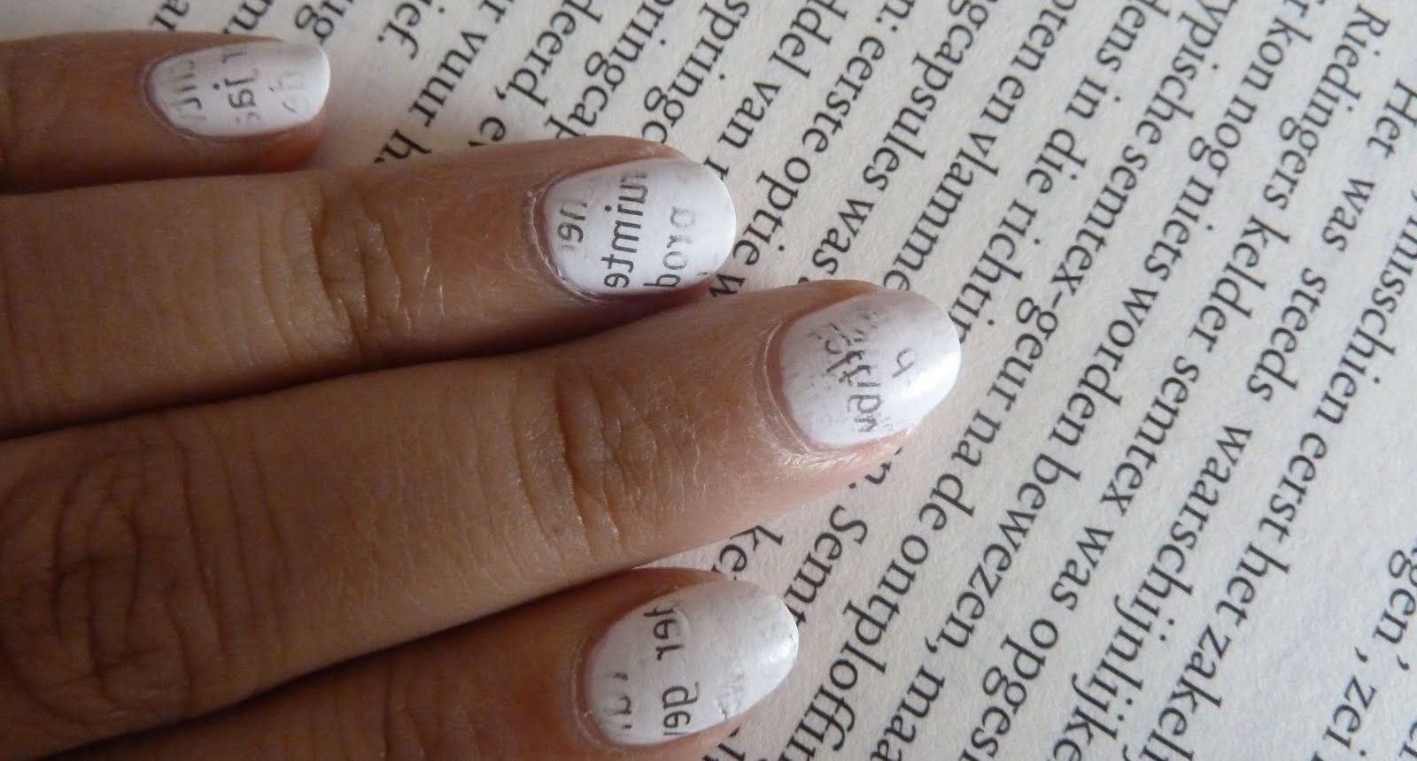 NailsByStephanie: Tutorial: Newspaper Nails