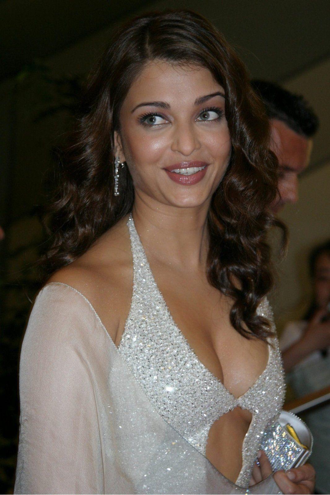 Aishwarya Rai Hottest Bollywood Images