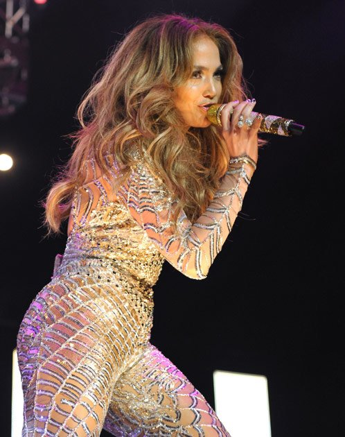 Jennifer Lopez insured her derriere for $ 300 million