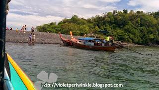 Koh Lipe island hopping smooth stones