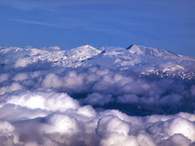 http://www.panoramio.com/photo/99144329