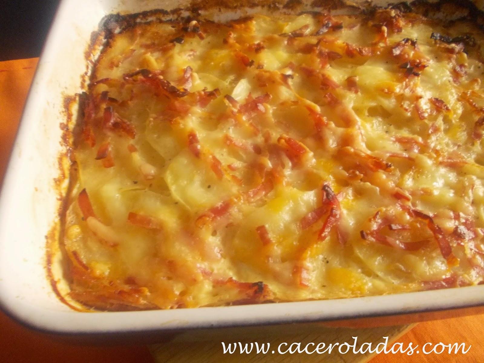 Patatas gratinadas con bacon y queso caceroladas - Gratinado de patata ...