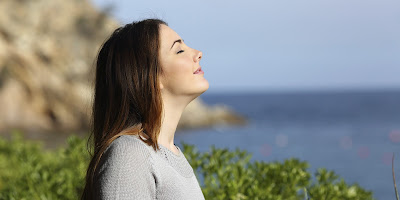 How to Keep your Breath Fresh All Day