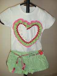 Camiseta + cinturón corazón pistacho - fucsia