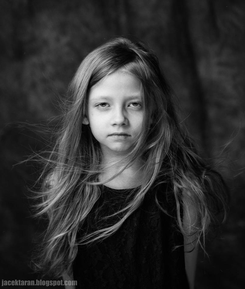 fotografia portretowa, fotografia analogowa, czarno-biala, fotografia krakow