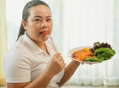Ser que alimentos comer de noche para adelgazar