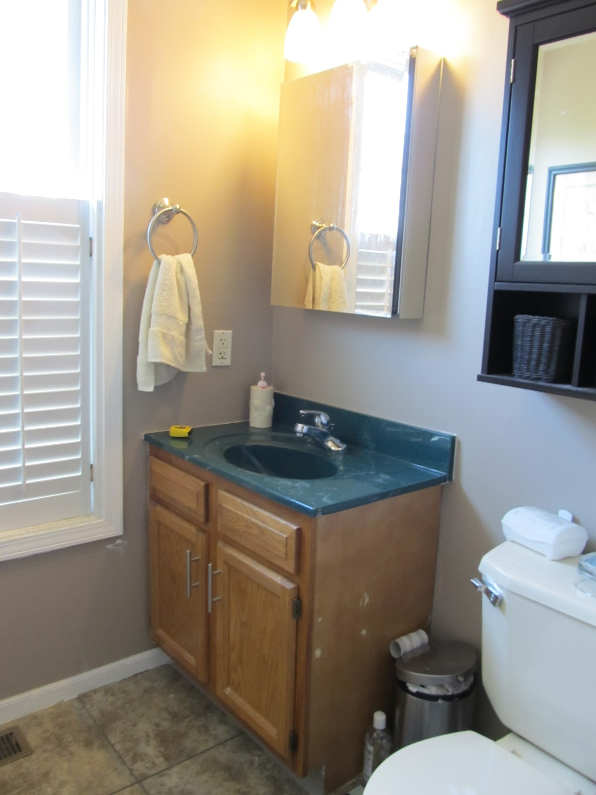 Updating Bathroom Vanity Lights : 4 Steps to Update Your Bathroom Vanity - Charlie The Cavalier
