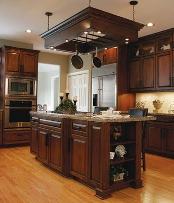 Decora el hogar modernas cocinas de madera for Modelos de cocinas de madera modernas