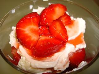 copa fresas nata mascarpone azúcar