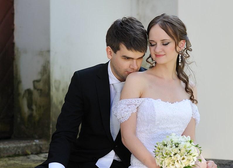 erotiška vestuvių fotosesija