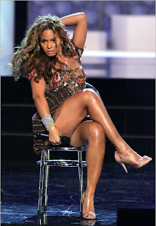 Beyonce sexy legs and thighs remarkable, very